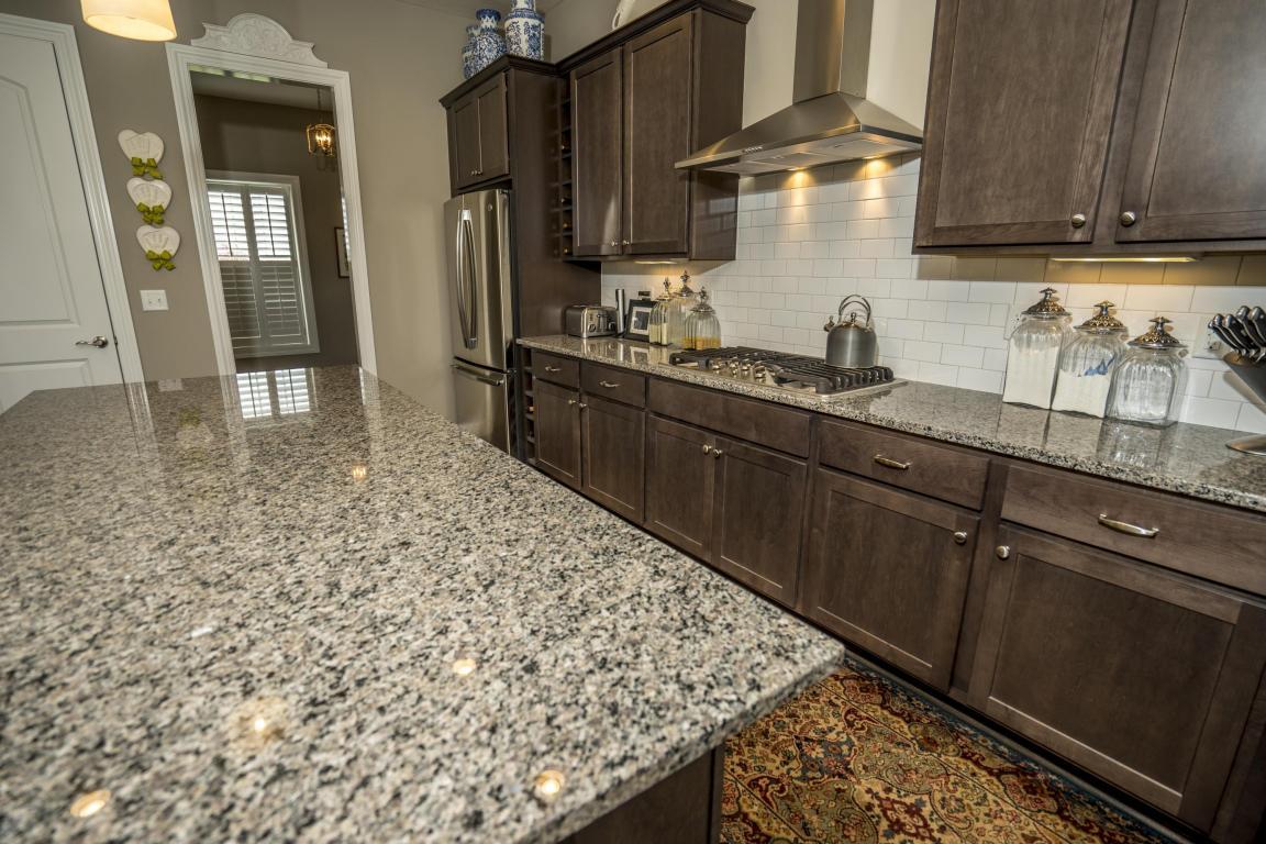 Pullman Kitchen Granite Bay 1860 Daylily Ct Grove City Oh 43123 Mls 216030684 Movotocom