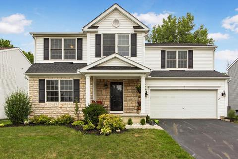 1001 Sapphire Flame Ct, Delaware, OH 43015