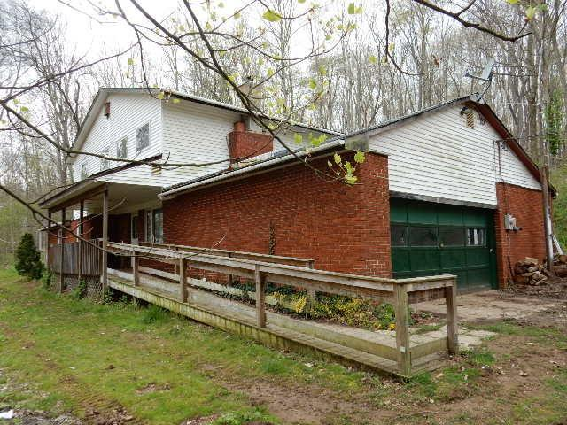 24719 Coshocton Rd Howard Oh 43028