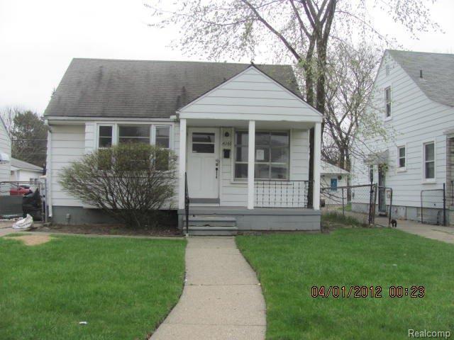 16266 Eastburn St, Detroit, MI 48205