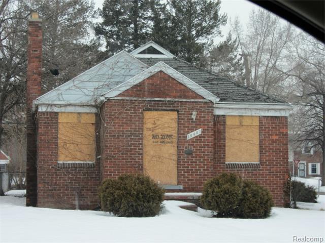 10621 Somerset Ave, Detroit, MI