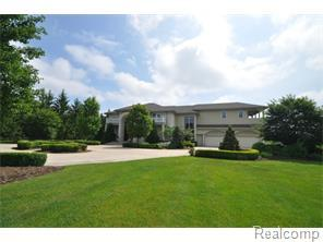 6345 Middlebelt Rd, West Bloomfield, MI
