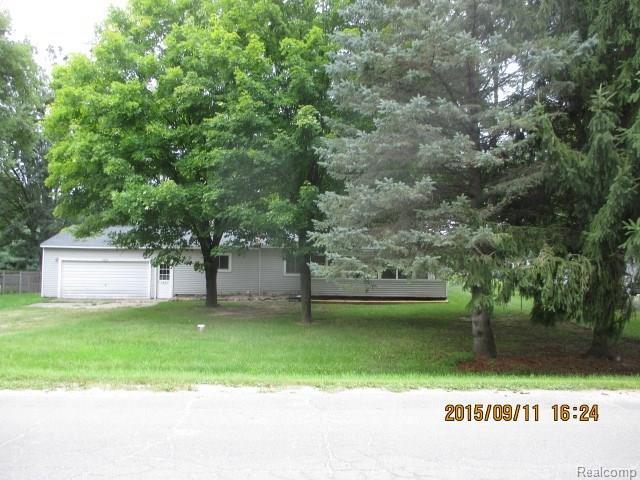 2489 Carpenter Rd, Lapeer, MI