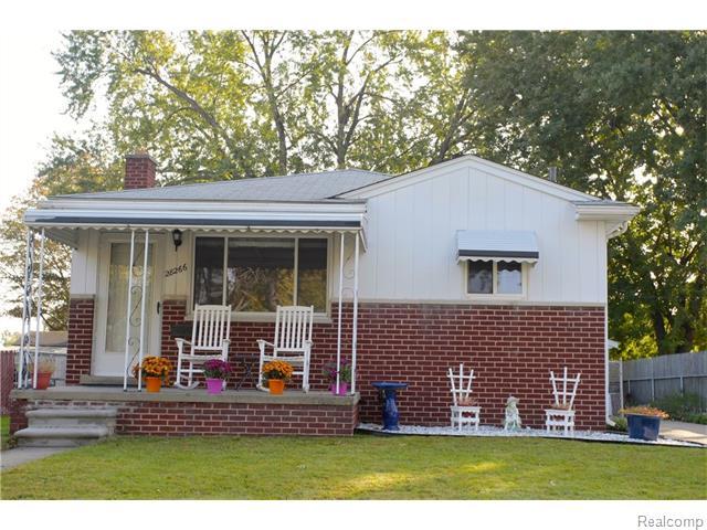 28266 Groveland St, Madison Heights, MI