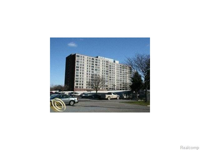 21800 Morley Ave #APT 702, Dearborn, MI