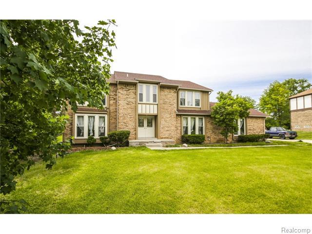 31125 Claymore Rd, Farmington, MI