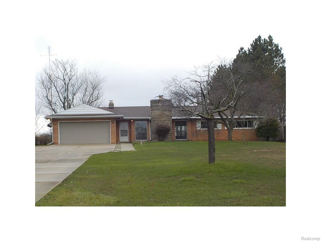 7162 Miller Rd, Swartz Creek, MI