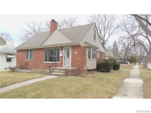 702 W Houstonia Ave, Royal Oak, MI