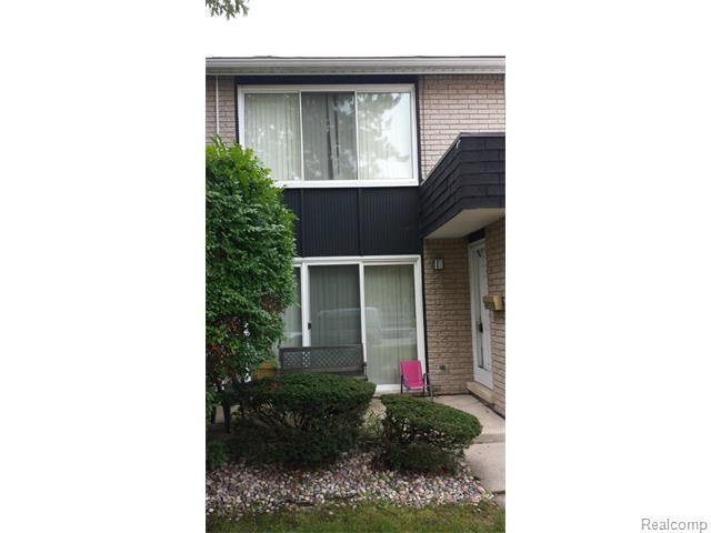 30137 Lorraine Ave #APT 3, Warren, MI