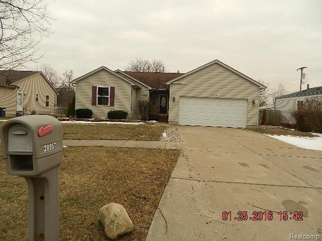 28957 Annapolis Rd, Westland, MI
