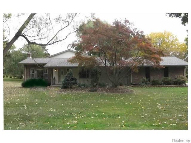 340 Donegal, Rochester MI 48309