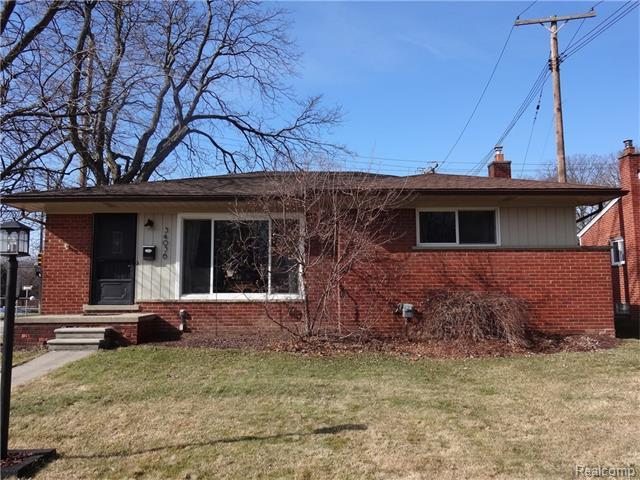 34036 Glenview, Farmington, MI
