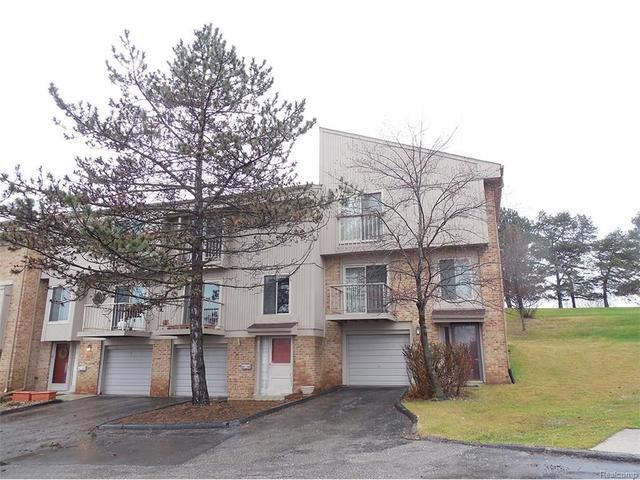 837 Oak Brook Rdg, Rochester, MI