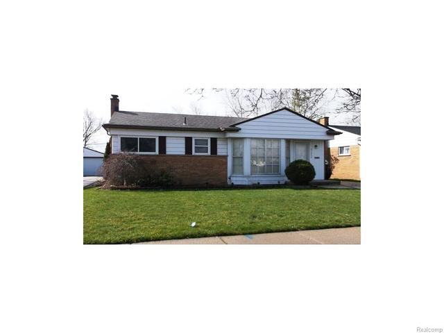 21306 Masonic Blvd, Saint Clair Shores, MI