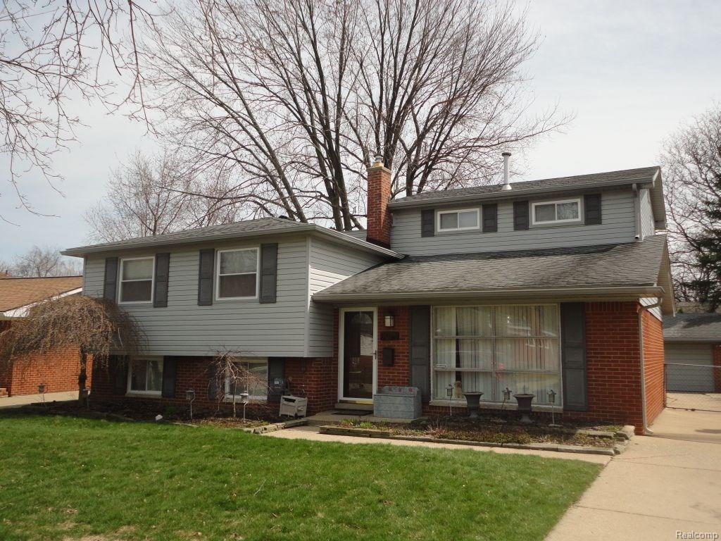 5074 Elmhurst Ave, Royal Oak, MI