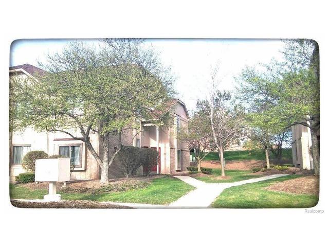 27360 Evergreen Rd, Southfield, MI