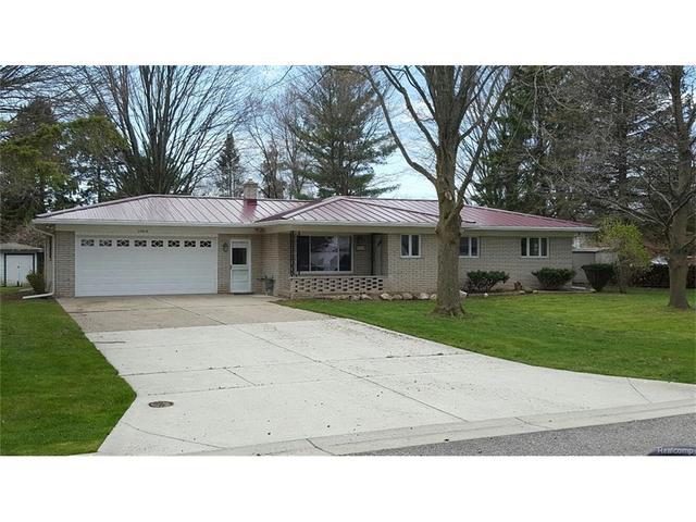 35610 Richwood Ln, Richmond, MI