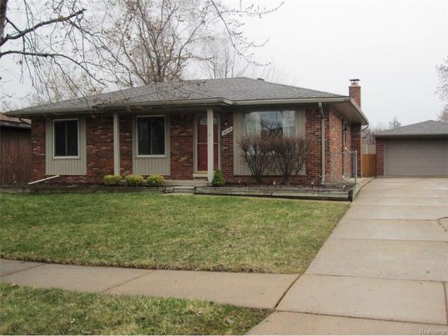 42134 Jason Dr, Clinton Township MI 48038