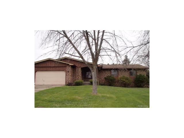 3179 Old Farm Rd, Flint MI 48507