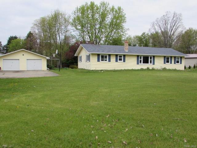 2465 Carpenter Rd, Lapeer, MI