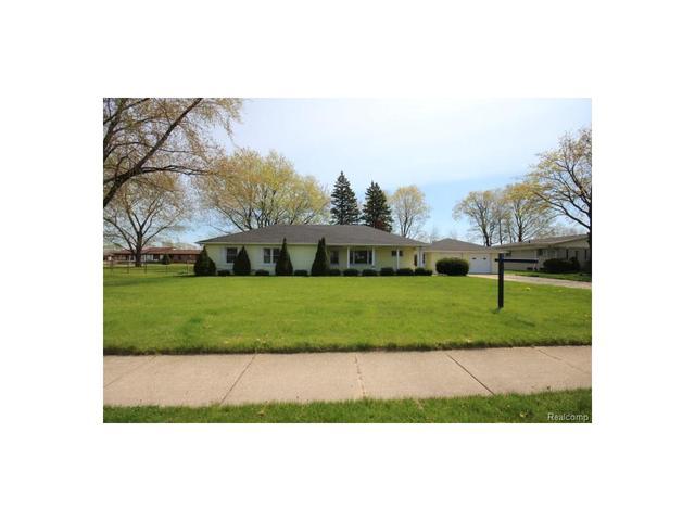 25316 Pine View Ave, Warren, MI