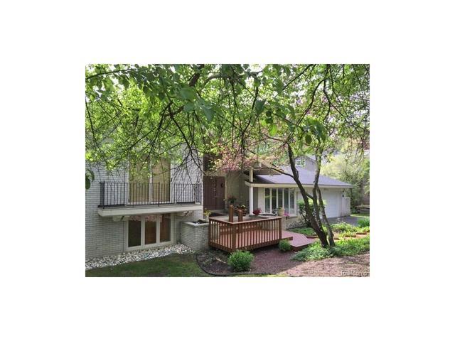 4620 Rolling Ridge Rd, West Bloomfield, MI