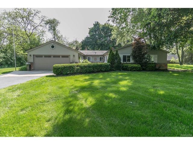 5908 Burnham Rd, Bloomfield Hills, MI