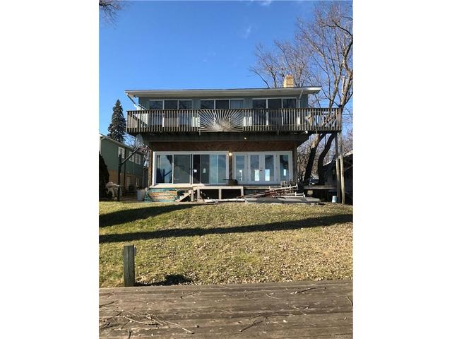 1863 Union Lake Rd NCommerce Twp, MI 48382
