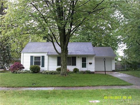 1417 Wisconsin Ave, Marysville, MI 48040