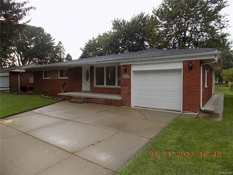 5557 Meadow View St, Sterling Heights, MI 48310