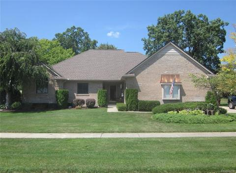 51389 Forster Ln, Shelby Township, MI 48316