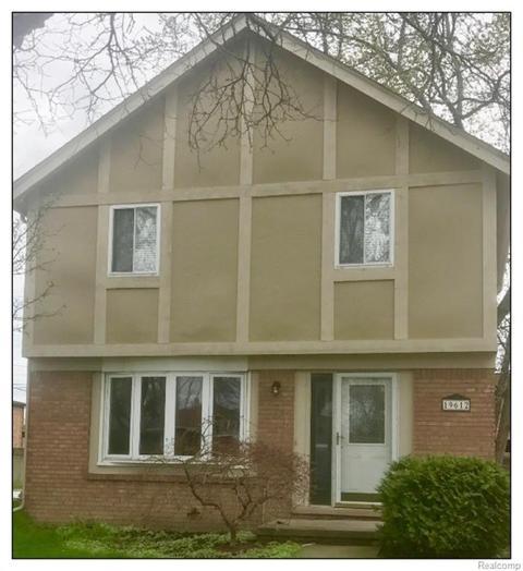 19612 Parkside St, Saint Clair Shores, MI 48080