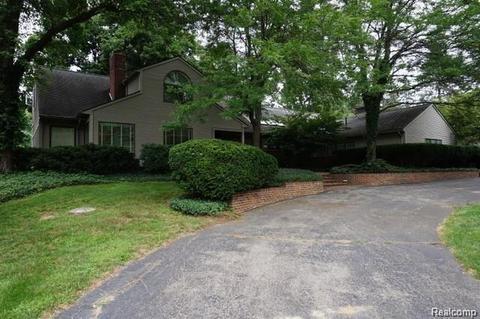48025 homes for sale 48025 real estate movoto rh movoto com