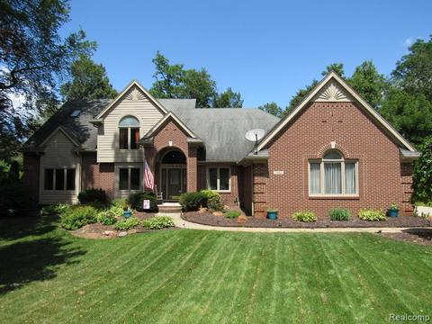815 Commerce Township Homes for Sale - Commerce Township MI