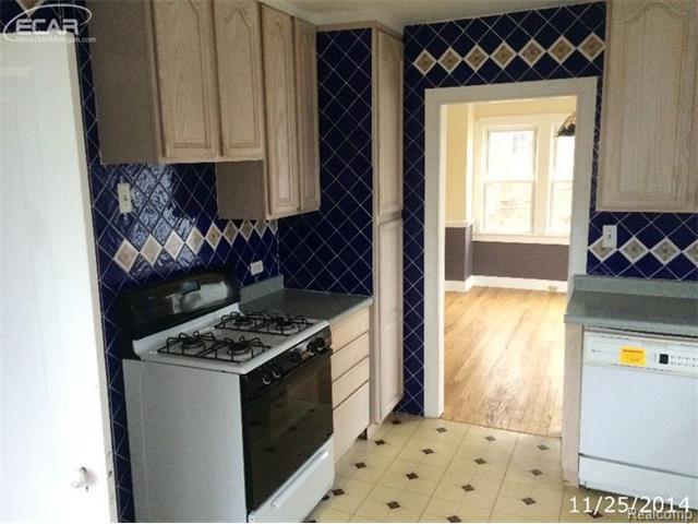 1533 Gainey Ave, Flint MI 48503