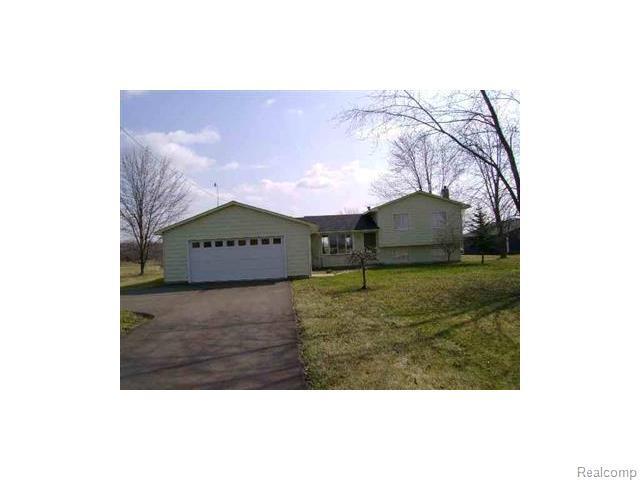 11178 S Morrish Rd, Montrose MI 48457