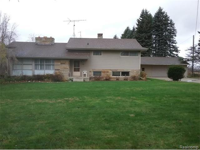 1510 S Lake Pleasant Rd, Attica, MI