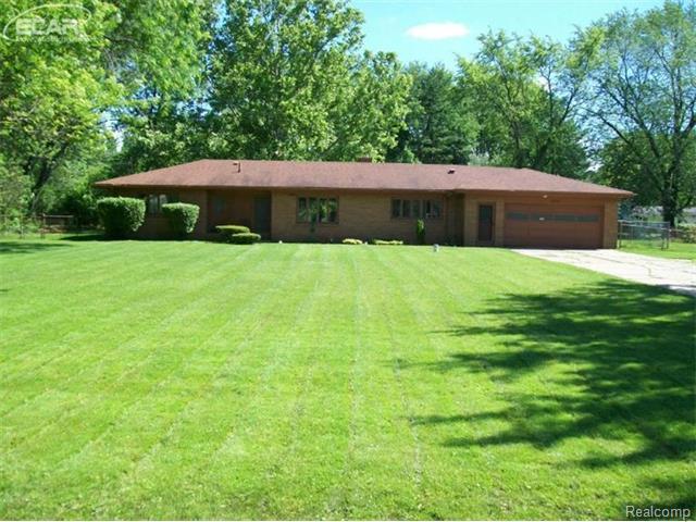 5355 Calkins Rd, Flint, MI