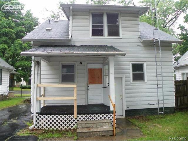 2000 N Vernon Ave, Flint, MI