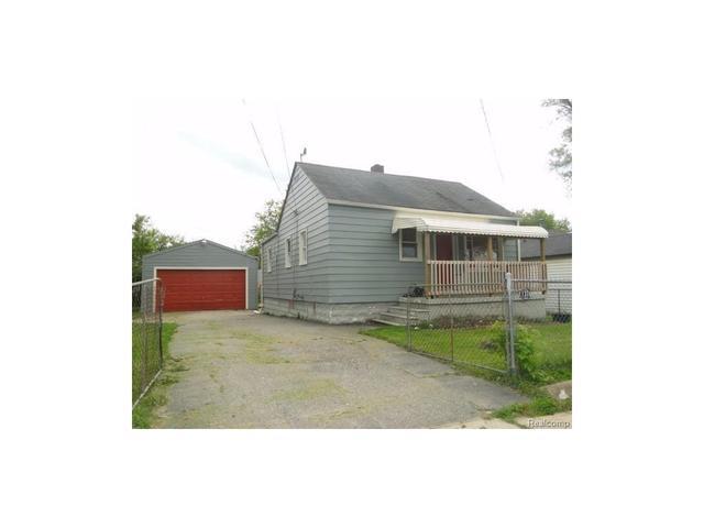1376 James St, Burton MI 48529