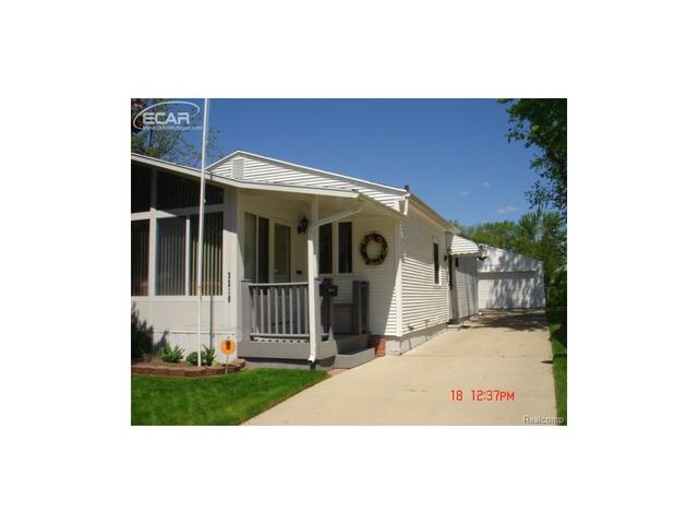 3218 Clairmont St, Flint MI 48503