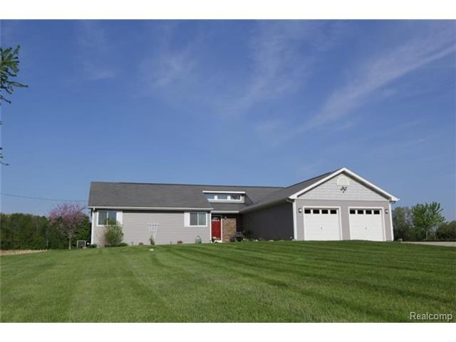 7522 beebe hwy tipton mi 49287 mls 543222095 for Tipton home builders