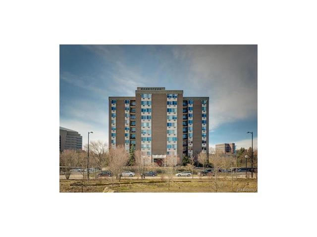1050 Wall St #APT 3D, Ann Arbor MI 48105