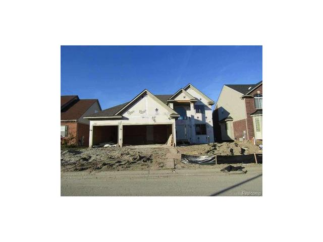 29436 Trailwood Ln, Warren, MI
