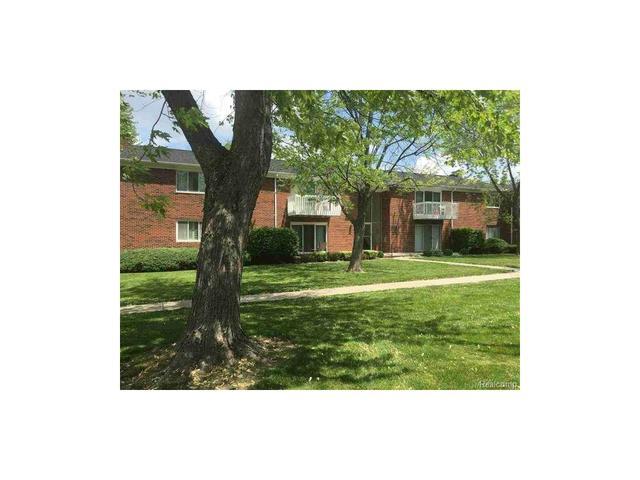 42755 Sheldon Clinton Township, MI 48038