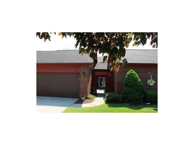 42236 Lochmoor Clinton Township, MI 48038