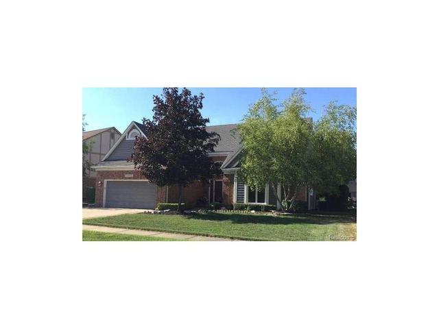 43550 Columbia Clinton Township, MI 48038