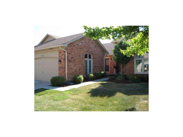 40974 W Rosewood Clinton Township, MI 48038
