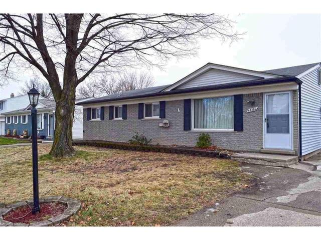 43282 Hyde Park DrSterling Heights, MI 48313