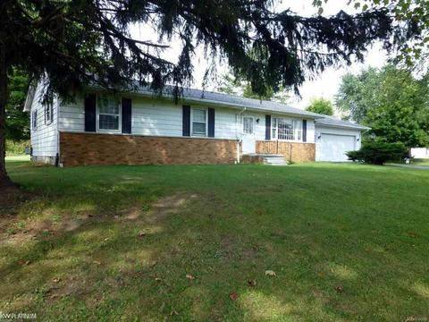 Cool 33041 32 Mile Rd Richmond Mi 48062 Mls 58031360493 Home Interior And Landscaping Ologienasavecom